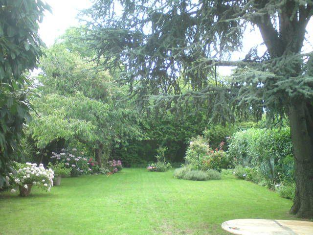 Entretien espace vert 93 seine saint denis jardinier for Entretien espace vert particulier